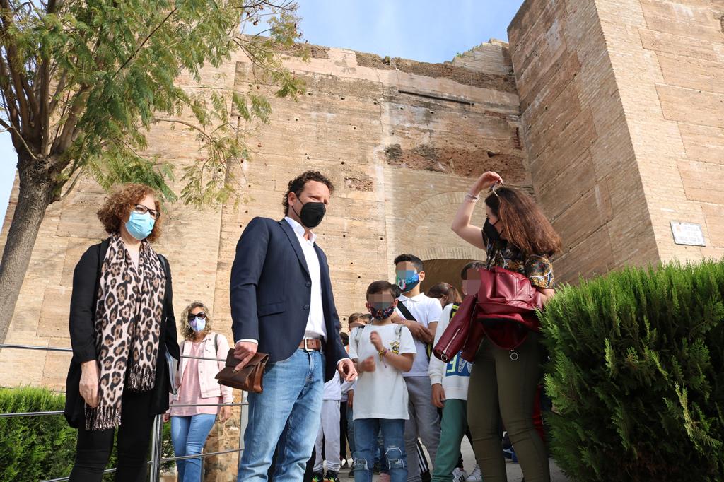 Los escolares cartayeros aprenden a ser  'Embajadores' del patrimonio cultural e histórico de la localidad