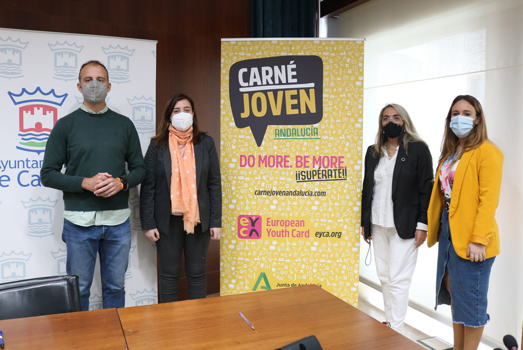 El Ayuntamiento impulsa iniciativas para los jóvenes y gestiona nuevas líneas de ayudas con el Instituto Andaluz de la Juventud